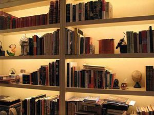 Phantom-Bookcase-b
